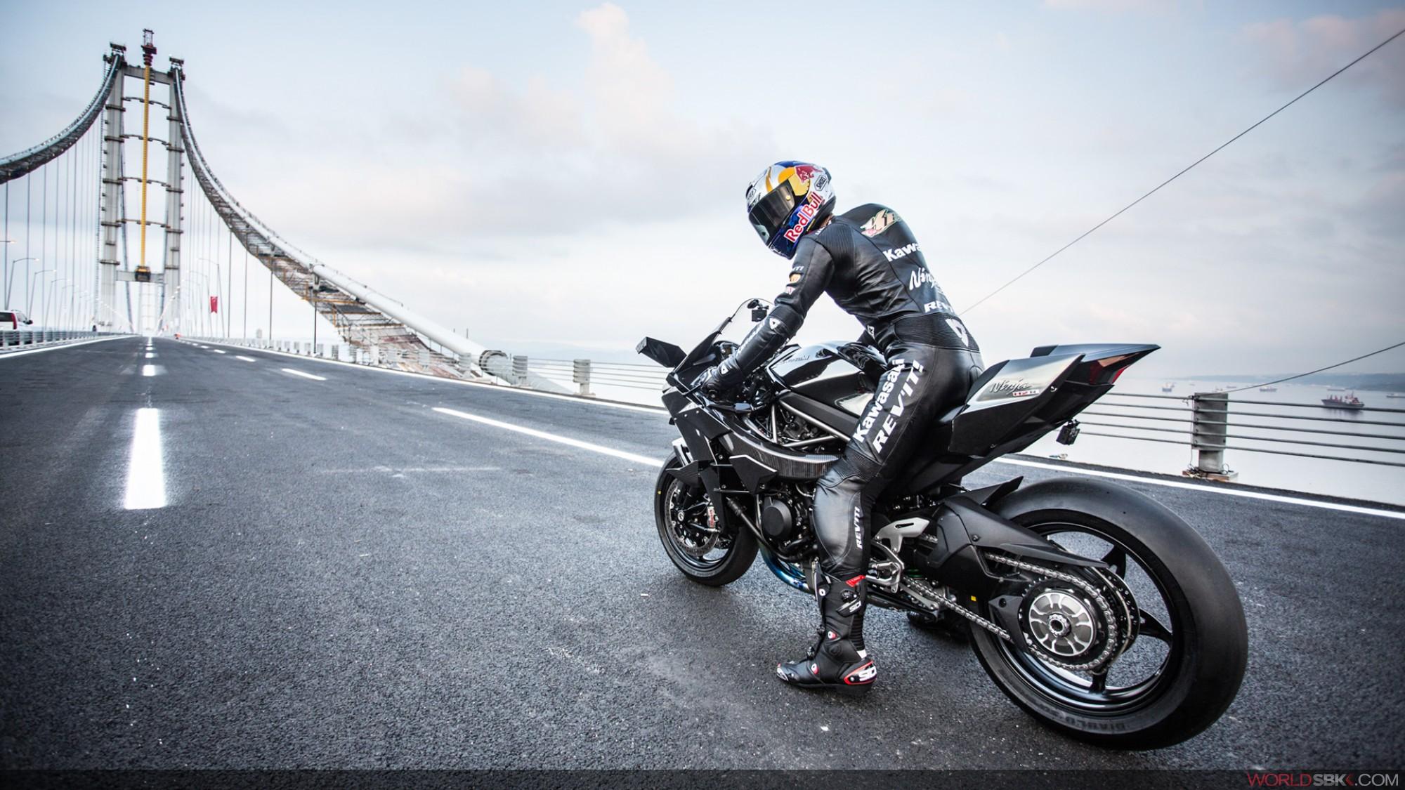 moto kawasaki a 400 km/h