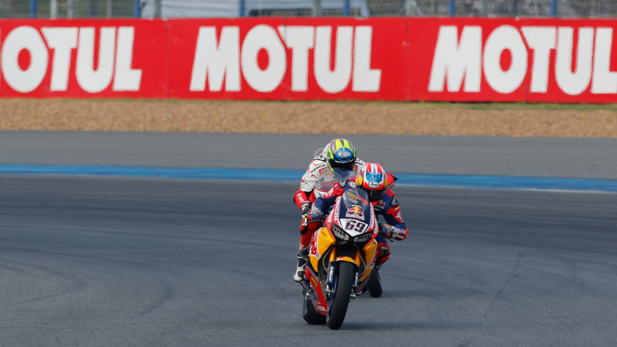 Hayden and Bradl secure two top ten finishes in Thailand