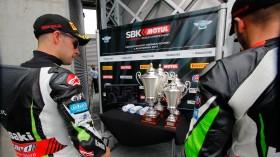 Jonathan Rea, Tom Sykes, Lausitz RAC1