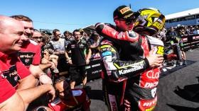Jonathan Rea, Kawasaki Racing Team WorldSBK, Alvaro Bautista, Aruba.it Racing-Ducati, Phillip Island RACE 1