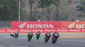 Alex Lowes, Michael Van der Mark, Pata Yamaha WorldSBK Team, Buriram RACE 1