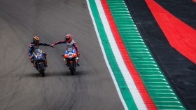 Michael van der Mark, Pata Yamaha WorldSBK Team, Lorenzo Zanetti, Motocorsa Racing, Imola RACE 1