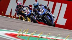Marco Melandri, GRT Yamaha WorldSBK, Alex Lowes, Pata Yamaha WorldSBK Team, Imola RACE 1