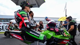 Ana Carrasco, Kawasaki Proves WorldSSP300, Donington RACE