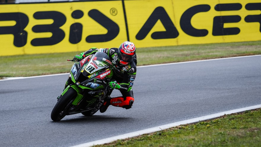 Leon Haslam, Kawasaki Racing Team WorldSBK, Magny-Cours FP1