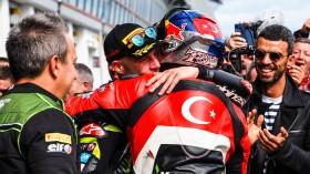 Jonathan Rea, Kawasaki Racing Team WorldSBK, Toprak Razgatioglu, Turkish Puccetti Racing, Magny-Cours RACE 1