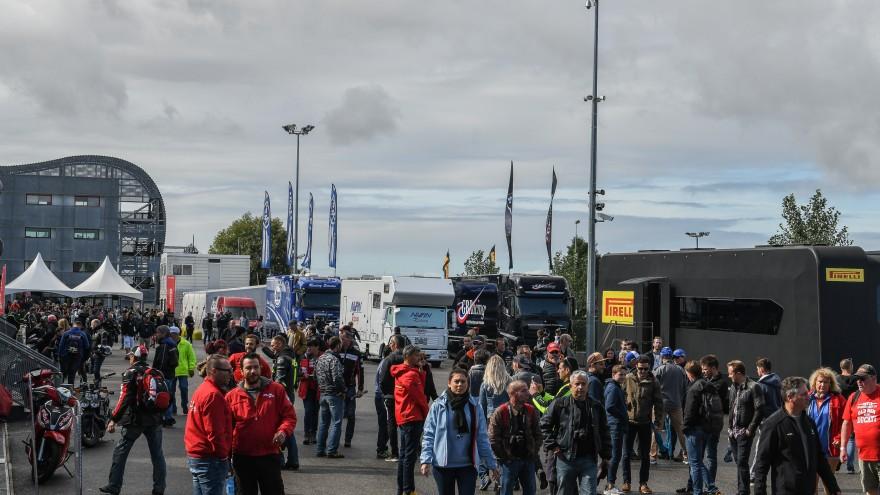 WorldSBK, Magny-Cours Paddock
