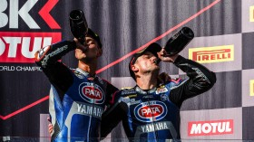 Michael van der Mark, Alex Lowes, Pata Yamaha WorldSBK Team, Magny-Cours RACE 2