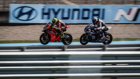 Alvaro Bautista, Aruba.it Racing - Ducati, Markus Reiterberger, BMW Motorrad WorldSBK Team, San Juan FP2