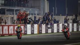 Alvaro Bautista, Chaz Davies, Aruba.it Racing - Ducati, Losail RACE 2