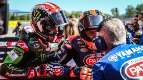 Jonathan Rea, Kawasaki Racing Team WorldSBK, Michael van der Mark, Pata Yamaha WorldSBK Official Team, Catalunya Tissot Superpole RACE