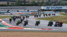 WorldSSP300, Magny-Cours RACE 1