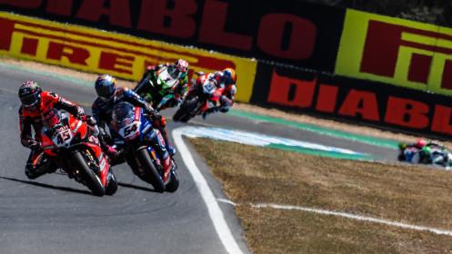 Scott Redding, Aruba.it Racing - Ducati, Toprak Razgatlioglu, Pata Yamaha with BRIXX WorldSBK, Estoril RACE 1