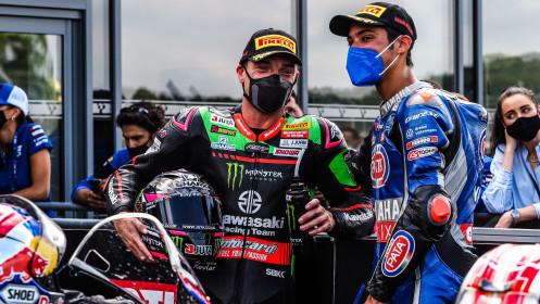 Alex Lowes, Kawasaki Racing Team WorldSBK, Toprak Razgatlioglu, Pata Yamaha with BRIXX WorldSBK, Donington RACE 1