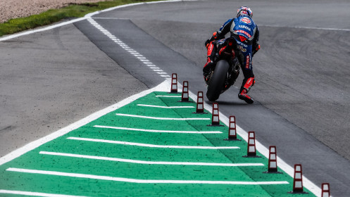 Toprak Razgatlioglu, Pata Yamaha with BRIXX WorldSBK, Donington RACE 2